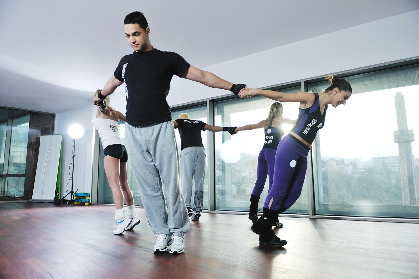 fitness group PHUSFKC1 - باشگاه ورزشی و طراحی نما